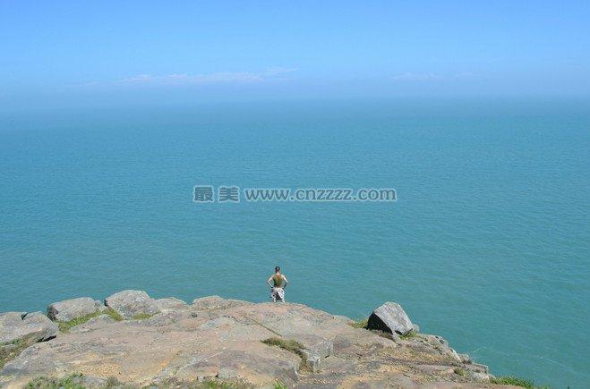 福州海坛风景区位于福建省福州市平潭县,是福建省第一大岛,岛上