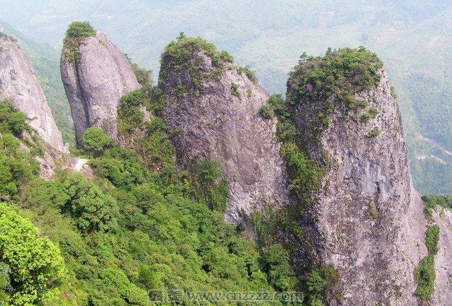 攻略支招 旅游攻略     福建佛子山风景名胜区位于福建省南平市政和县