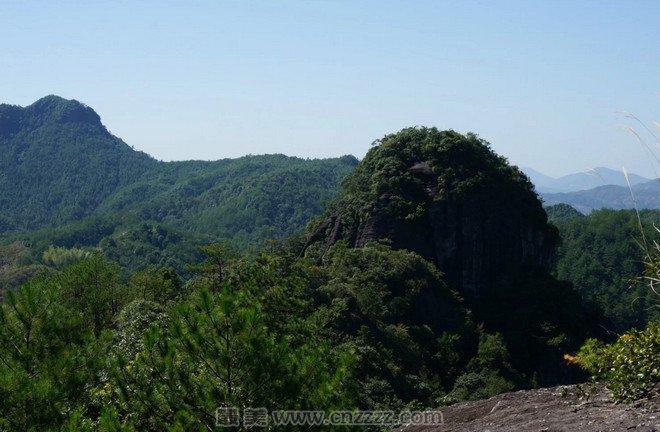 攻略支招 旅游攻略     福建洞宫山风景名胜区位于福建省南平市政和县