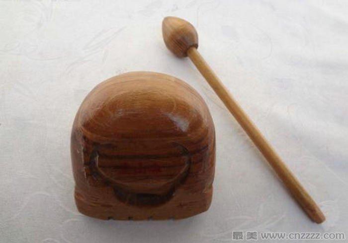 佛教里面念珠、木鱼、山门都是什么意思?